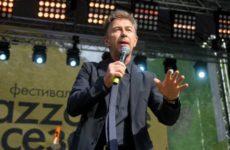 Сюткин обьяснил, почему не поедет выступать на Украину