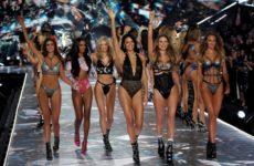 Модели Victoria's Secret рассказали о запугиваниях и домогательствах