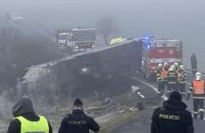 В Чехии перевернулся автобус с 70 детьми