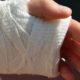 Врач-терапевт Ярцева рассказала, почему не стоит обрабатывать раны спиртом