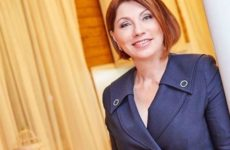 Сябитова прокомментировала скандал между Валерией и Гордон