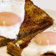 Ученые узнали, чем полезен плотный завтрак