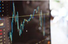 Фондовые индексы США продолжают падение на фоне распространения коронавируса