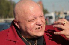 Барецкий и Добронравов рассказали, как отмечают день рождения 8 марта