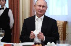 Эксперты сравнили рацион питания Путина, Меркель и Трампа