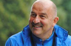 Черчесов продлил контракт со сборной России до 2022 года