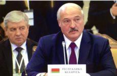 Лукашенко считает, что паника из-за коронавируса опаснее самой инфекции