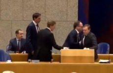 Глава Минздрава Нидерландов потерял сознание при обсуждении коронавируса в парламенте