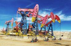 Нефть продолжает расти после скачка накануне