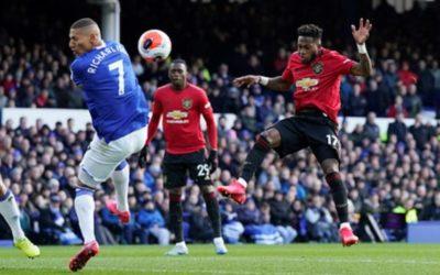 «Манчестер Юнайтед» сыграл вничью с «Эвертоном» в матче АПЛ