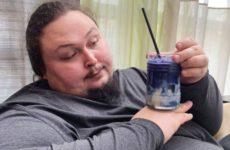 Сын Никоса Сафронова попал в больницу