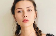 Дочь Заворотнюк обратилась к подписчикам на фоне пандемии коронавируса