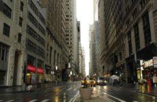 Запасов средств для борьбы с коронавирусом в Нью-Йорке хватит на неделю
