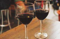 Главный нарколог РФ рассказал, полезен ли алкоголь в период пандемии