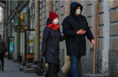 Представитель ВОЗ сообщила, что коронавирус мутирует и поражает молодых и здоровых людей