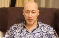 Гордон рассказал, как артистам посещать Крым