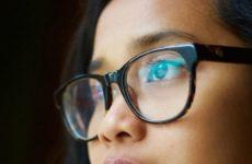 Главный офтальмолог Минздрава дал совет, как сохранить зрение в самоизоляции