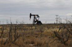 Цена на нефть WTI рухнула до 0 долларов