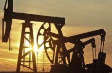 Чем обернется для России падение фьючерсов на нефть WTI