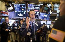 Никому не нужная нефть: что происходит на мировых биржах