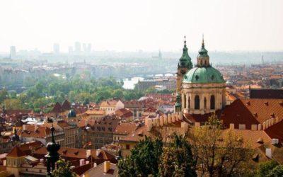 Чехия первой из стран Евросоюза открыла границы для выезда за рубеж