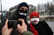 Американские физики оценили эффективность самодельных масок