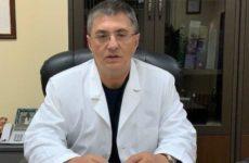Доктор Мясников рассказал о риске заражения коронавирусом при раке