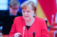Меркель объявила о завершении в Германии первой фазы пандемии коронавируса