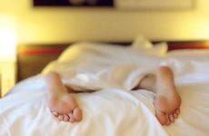 Доктор Мясников объяснил, чем чревато нарушение режима сна во время самоизоляции