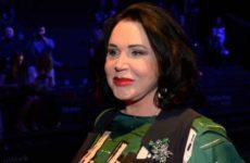 Поборовшая коронавирус Бабкина хочет вернуться к работе на Первом канале