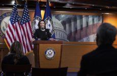 Пелоси раскритиковала Белый дом за отправку в РФ аппаратов ИВЛ