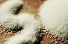 Врач-диетолог опровергла миф о пользе отказа от соли
