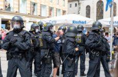 У Запада опять Кремль виноват: Это русские «ковидиоты» поднимают немцев на протесты