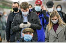 Дерматолог дала советы по уходу за кожей при ношении масок и перчаток