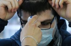 Китайский инфекционист назвал три правила измерения температуры тела