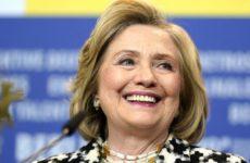 Разгневанные американцы обрушились на Клинтон из-за нападок на Россию