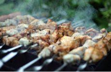 Диетолог назвала продукты, которые не следует употреблять в жаркую погоду
