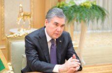 Президент Туркмении объяснил Путину свой отказ посетить парад Победы