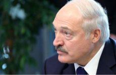 Лукашенко признал, что потеряет страну, если поступит демократично