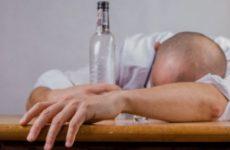 Стало известно, с чем нельзя мешать аспирин при похмелье