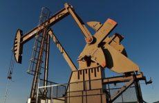 Америка увеличила добычу нефти