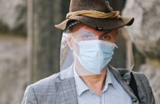 Ученые развеяли миф о защитных масках
