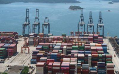 Китай предупредил США об угрозе возобновления торговой войны