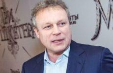 Актер Жигунов приехал в Крым с «копией» Заворотнюк