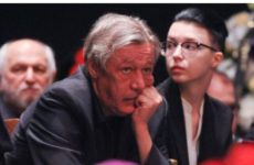 Экс-жена Ефремова рассказала о желании «милой» дочери посадить отца в тюрьму