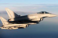 Британские истребители вылетели для сопровождения российских самолетов