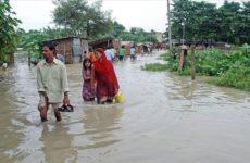 Число жертв наводнений и оползней в Непале достигло 23