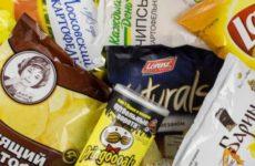 Диетолог рассказала, как можно есть бургеры и чипсы без вреда для здоровья