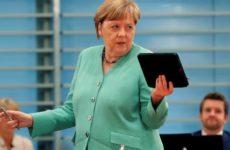 Expressen: коронавирус разбудил Меркель — она снова метит в «матушки всея ЕС»