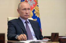 Путин предупредил о «хлюпающем болоте» в экономике РФ